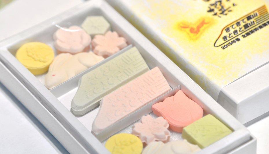 北陸新幹線開業にちなんで発売された新商品「新甘撰(しんかんせん)」
